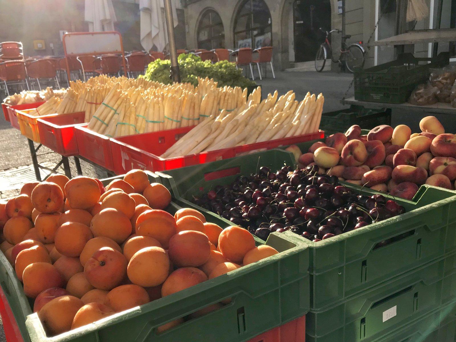Obst und Gemüse auf dem Wochenmarkt
