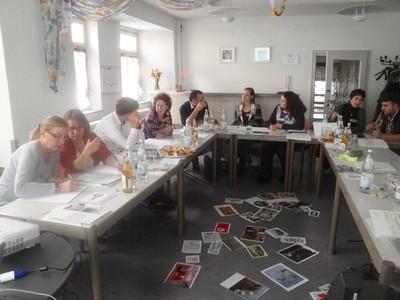 HEBT'S Workshop Öffentlichkeitsarbeit - Eingangsrunde mit verschiedenen Bildern