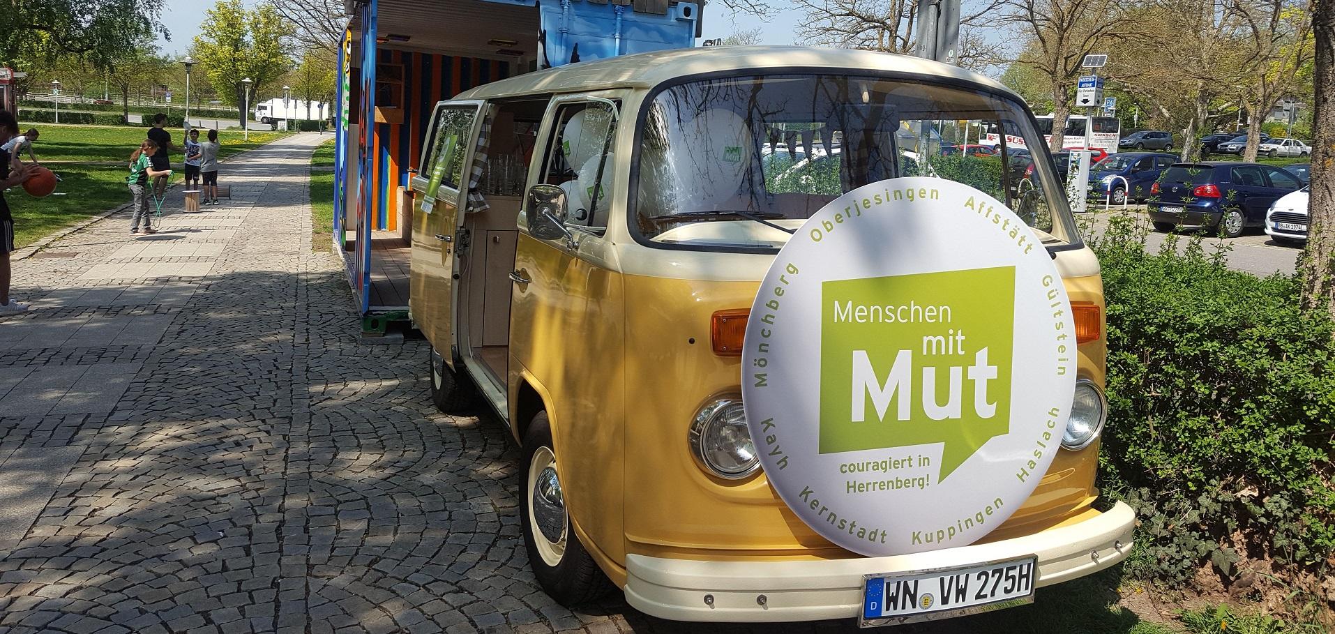 Das Mutmobil zog von Stadtteilfest zu Stadtteilfest und sammelt Geschichten von mutigen Menschen