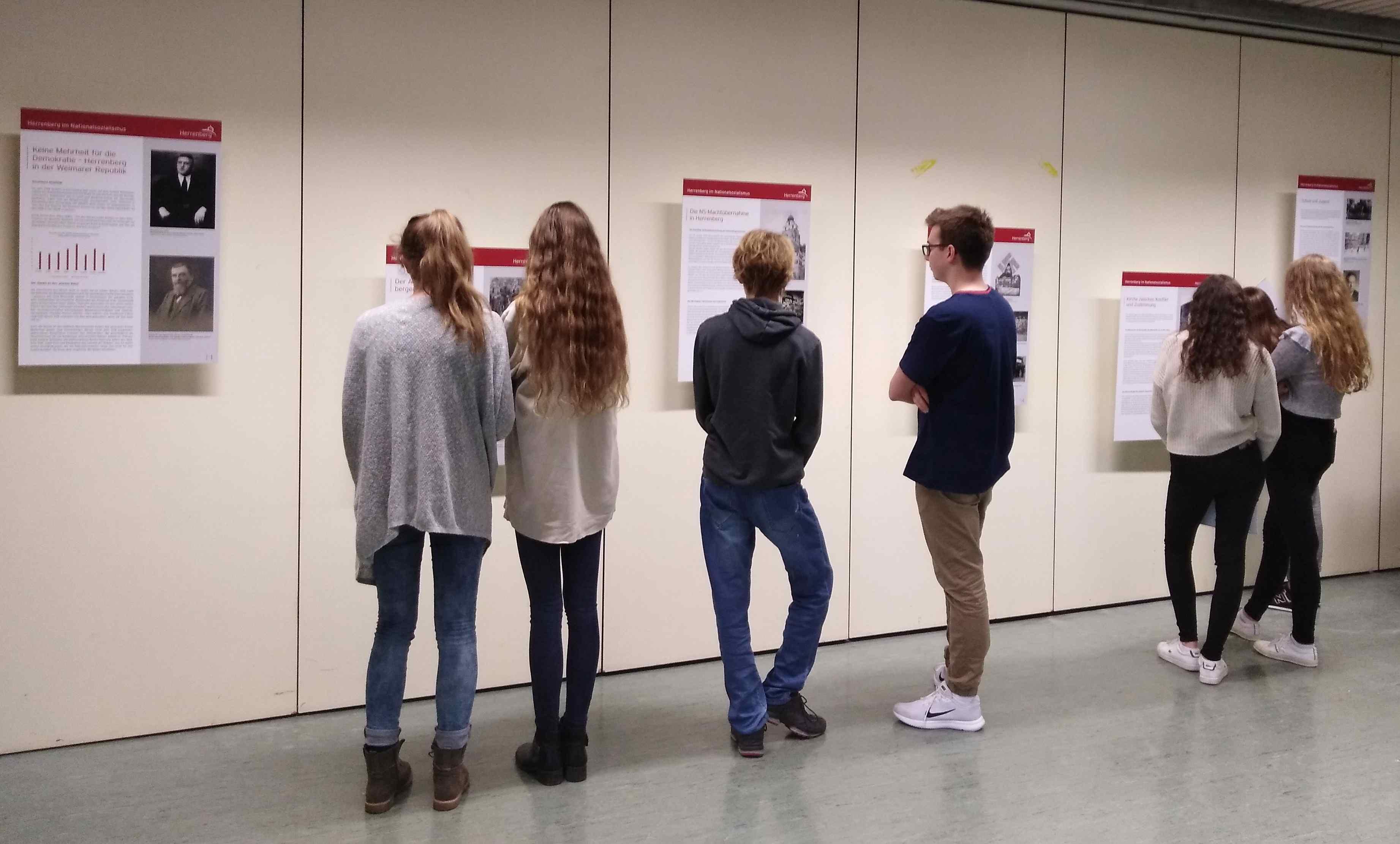 Ausstellung im Schickhardt-Gymnasium