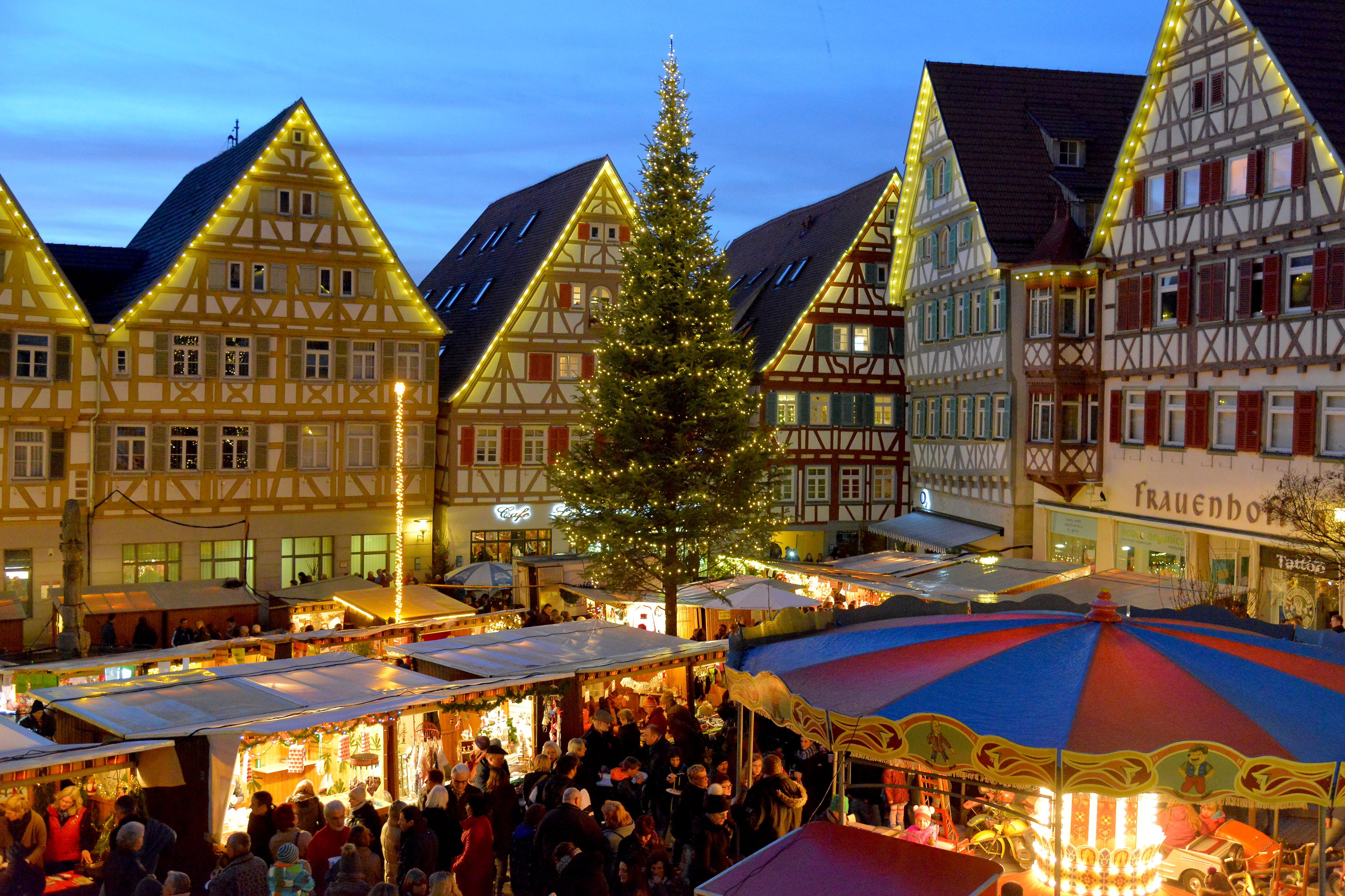 Weihnachtsmarkt in Herrenberg / Foto: Holom