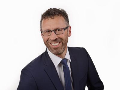 Porträtfoto von Oberbürgermeister Thomas Sprißler