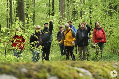 Naturführer bei einer Fortbildung mit Stadtförster Herr Seitz