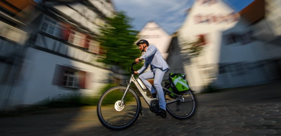 Radfahrer in der Herrenberg Altstadt