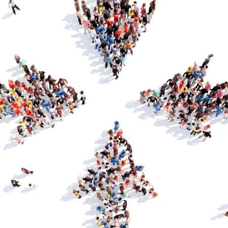 Symbolbild Mitmachstadt: Große Menschengruppe von oben