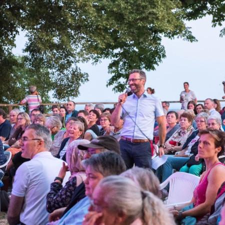 Oberbürgermeister Sprißler bei seiner Dankesrede für Engagierte auf dem Schloßberg 2018