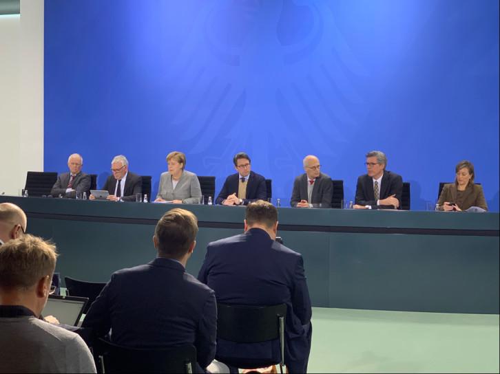 Pressekonferenz zum Diesel-Gipfel mit Bundeskanzlerin Angela Merkel in Berlin.