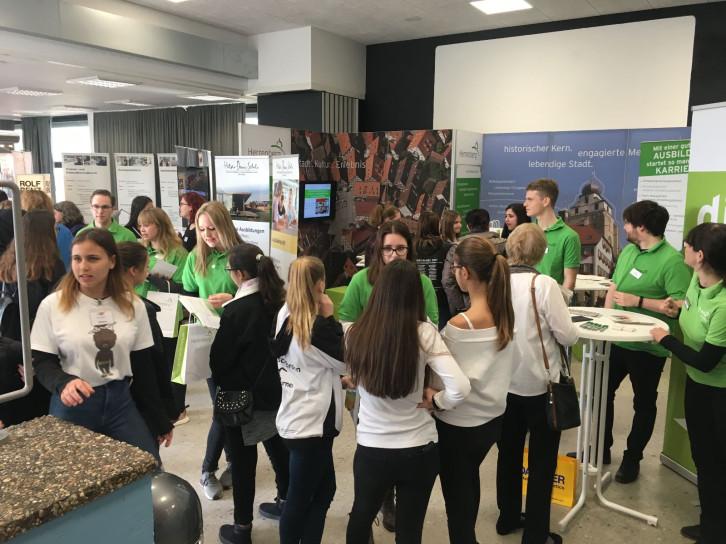 Berufsinfomarkt 2019 an der Jerg-Ratgeb-Realschule