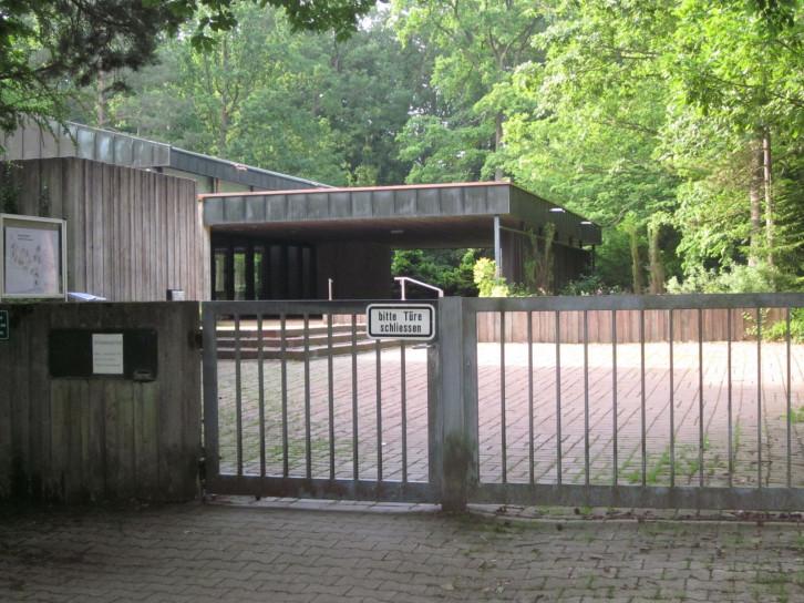 Zugang Waldfriedhof