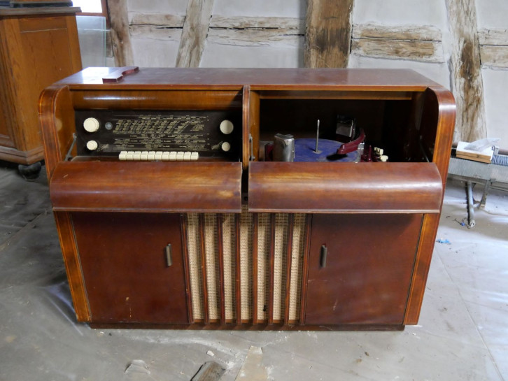 Musikanlage aus dem Inventar des Fruchtkastens